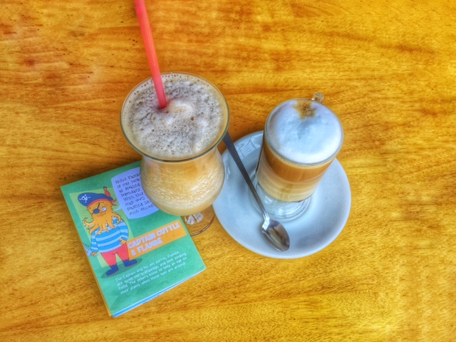 iced latte, italian restaurant